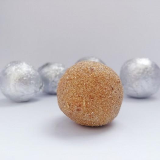 Millets Laddus - Thinai (Foxtail Millet) - 6 Pcs